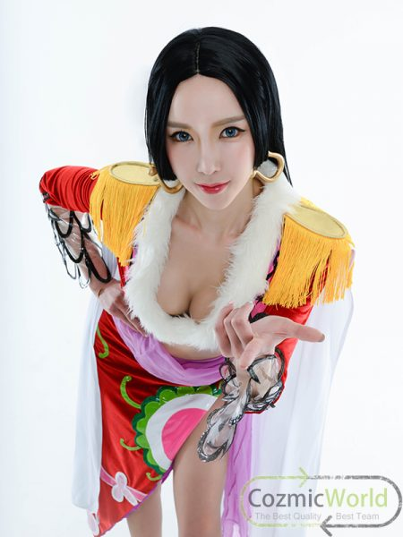 cozmicmodel_hankok_02