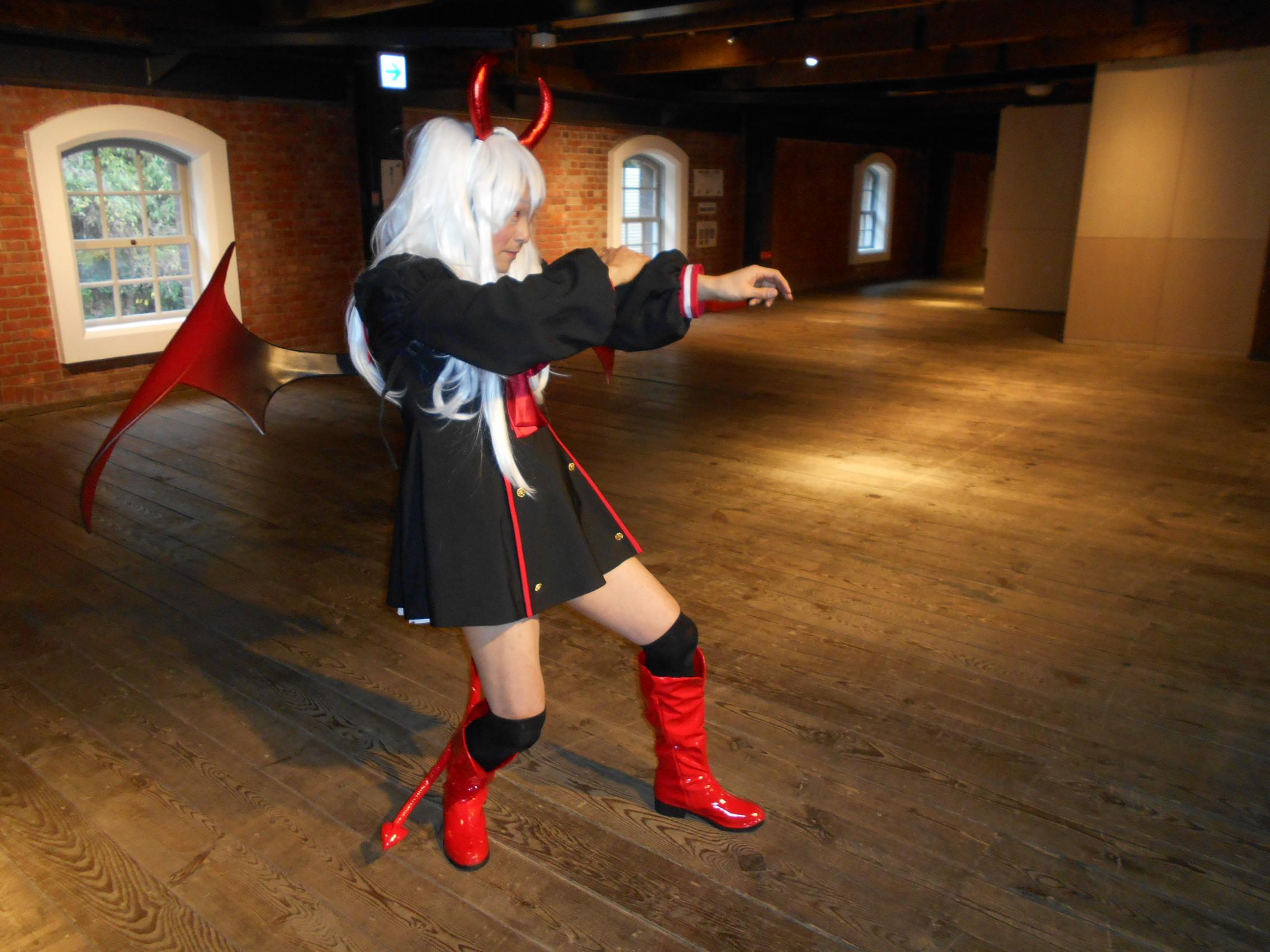 ゲームコス 女装コスプレ 造形物製作 仮装