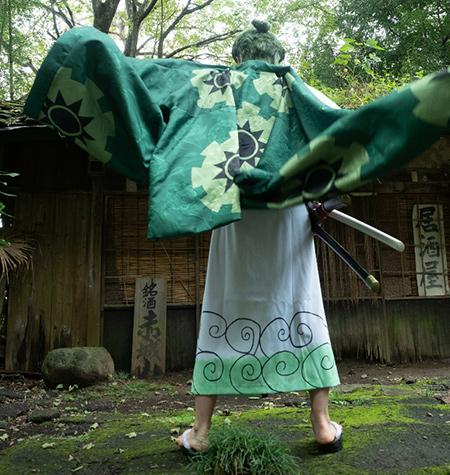 ロロノアゾロ オーダーメイドの衣装